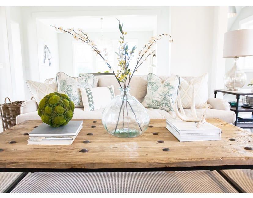 coffee table interior design solution - Interior Design Pop
